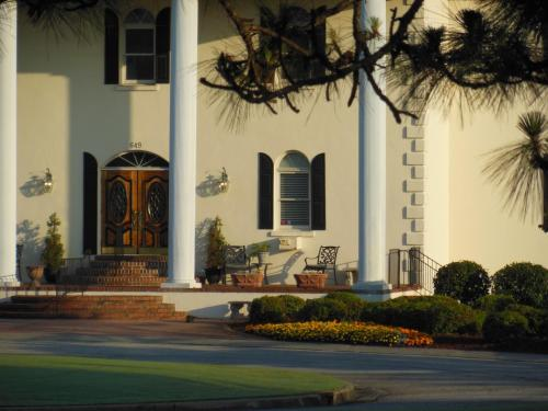 Beau Rivage Golf and Resort Photo