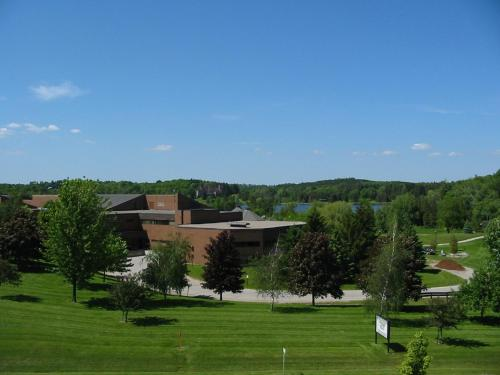 Residence & Conference Centre - King City - King City, ON L7B 1L7