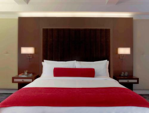 The Tuscany - A St Giles Signature Hotel Photo