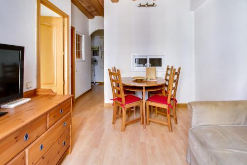 Fantastic 2 bed in the heart of Poble Sec photo 5