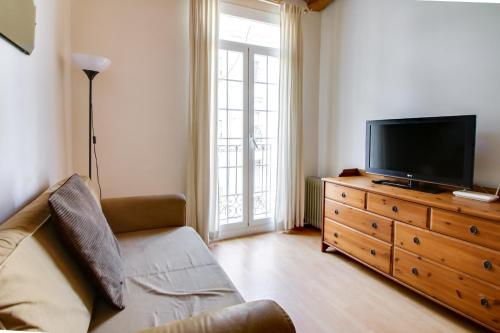 Fantastic 2 bed in the heart of Poble Sec photo 6