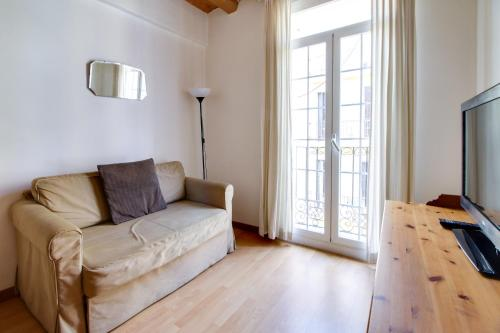 Fantastic 2 bed in the heart of Poble Sec photo 7