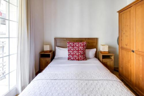Fantastic 2 bed in the heart of Poble Sec photo 14