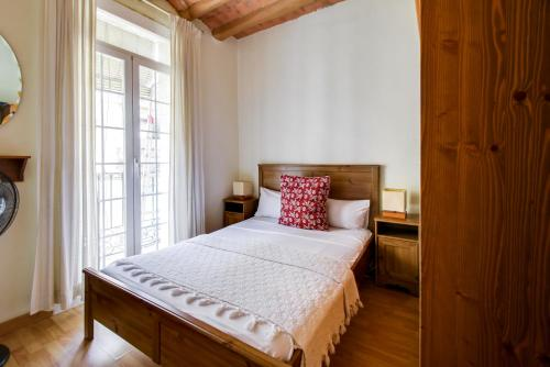 Fantastic 2 bed in the heart of Poble Sec impression