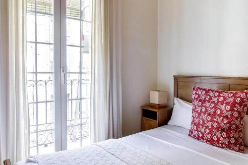 Fantastic 2 bed in the heart of Poble Sec photo 15