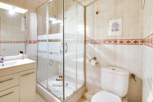 Fantastic 2 bed in the heart of Poble Sec photo 17