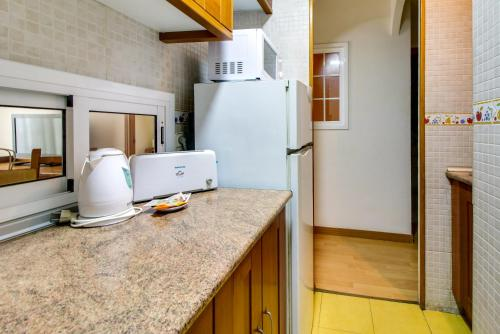 Fantastic 2 bed in the heart of Poble Sec photo 18