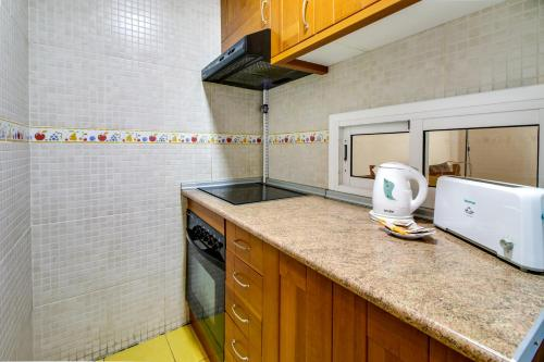Fantastic 2 bed in the heart of Poble Sec photo 19