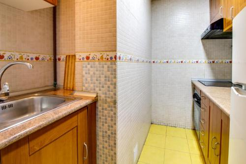 Fantastic 2 bed in the heart of Poble Sec photo 21
