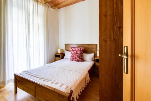 Fantastic 2 bed in the heart of Poble Sec photo 25
