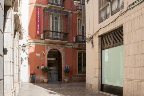 Petit Palace Plaza Malaga - 46 of 73