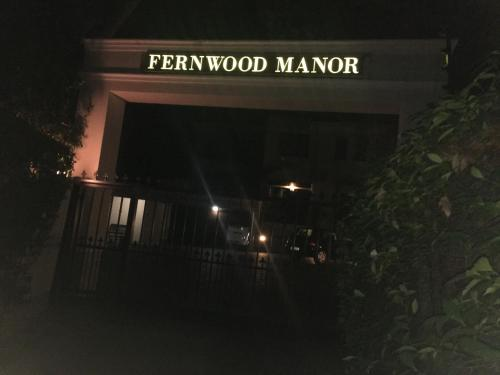 Fernwood Manor Boutique Guest House Photo