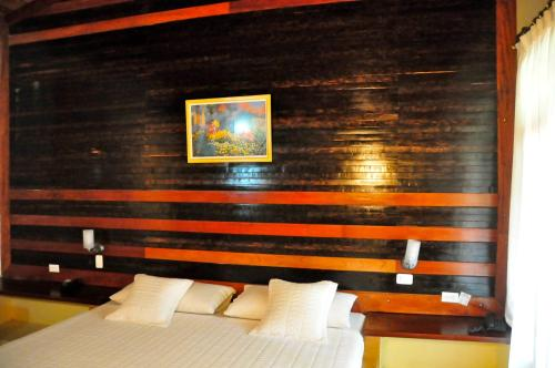 Terra Luna Lodge Photo