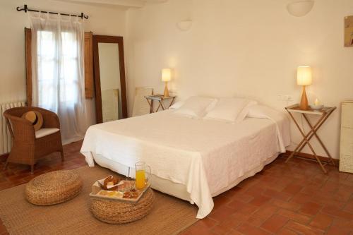 Suite Hotel la Plaça Madremanya 25