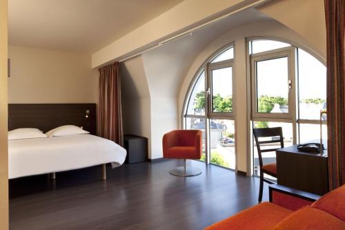 escale oceania pornichet la baule h tel 50 avenue de la plage 44380 pornichet adresse horaire. Black Bedroom Furniture Sets. Home Design Ideas