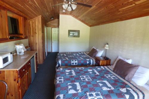 The Bear Inn Resort Photo