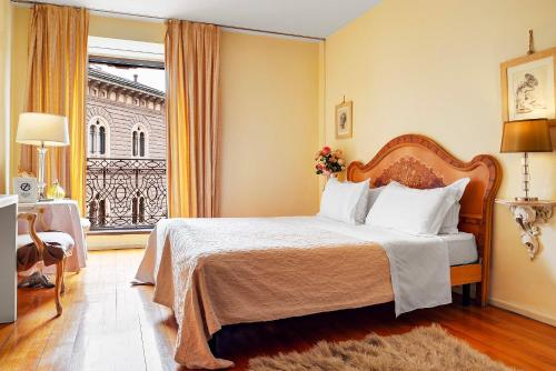 hotel la scala studio mil n desde 194 rumbo. Black Bedroom Furniture Sets. Home Design Ideas