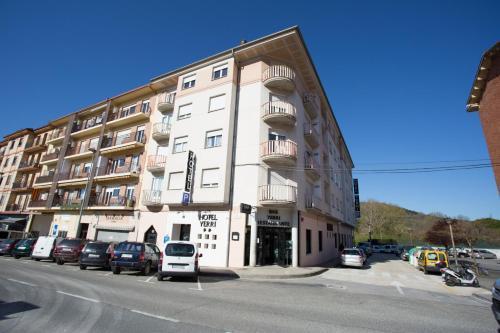 Hotel Yerri
