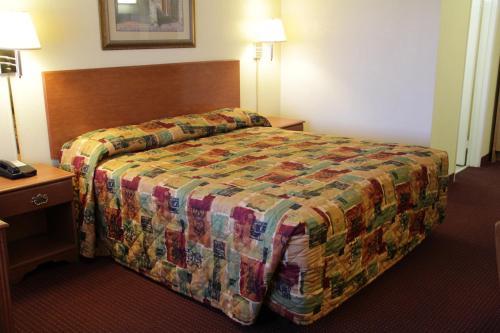 Relax Inn & Suites El Cajon