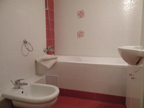 Bucharest Suites photo 4