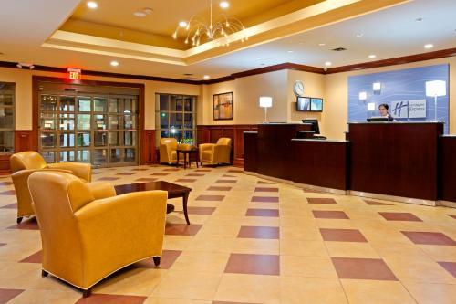 Holiday Inn Express North Bergen - Lincoln Tunnel - North Bergen, NJ 07047