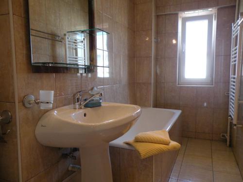 Bucharest Suites photo 32