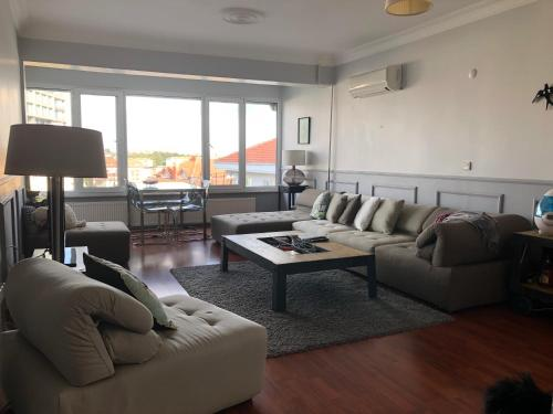 Istanbul Apartment indirim