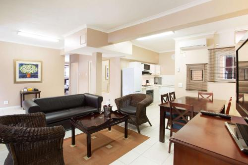 Best Western Cape Suites Hotel photo 57