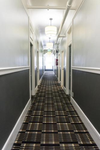 Ram's Hotel Photo