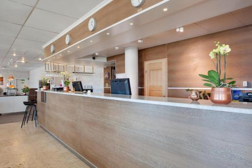 Best Western Capital Hotel impression