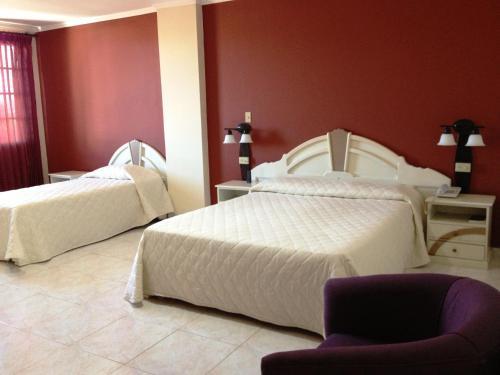 Hotel Castilla Photo