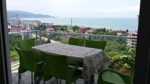 Rize TEVHİT APART address