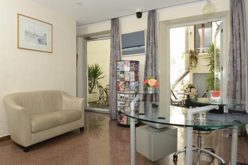 Hotel Bac Saint-Germain photo 45