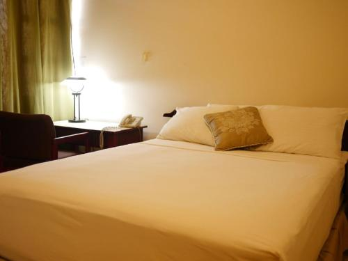 Brandsville Hotel Photo
