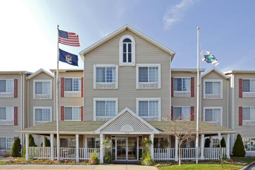 Country Inn & Suites by Radisson, Grand Rapids Airport, MI Photo