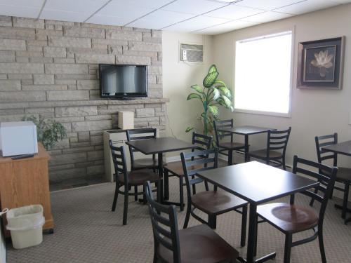 Value Inn Ottawa Photo