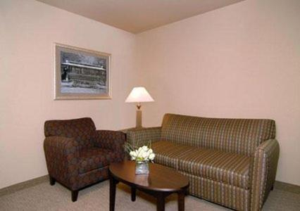 Comfort Suites Hot Springs - Hot Springs, AR 71913