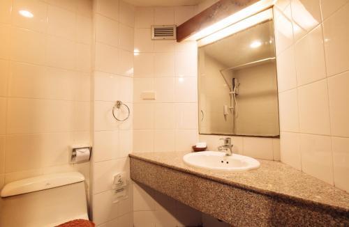 Ayothaya Hotel impression