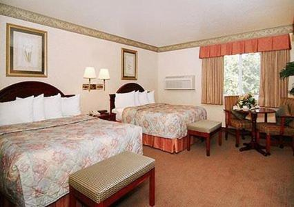 Quality Inn Santa Clara Convention Center Photo