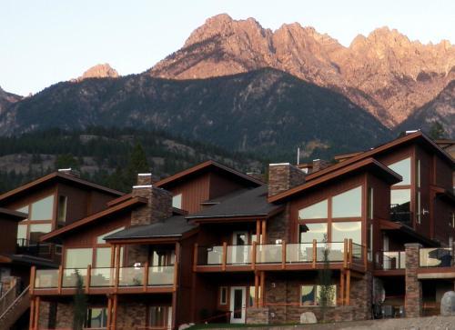 The Residences At Fairmont Ridge - Fairmont Hot Springs, BC V0B 1L1