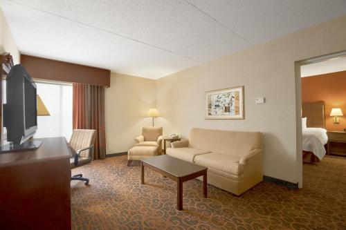 Hampton Inn Erie-South I-90/I-79 in Erie