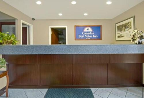 Canadas Best Value Inn And Suites Princeton