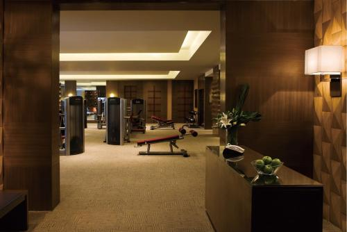 Courtyard By Marriott Shanghai Xujiahui photo 46