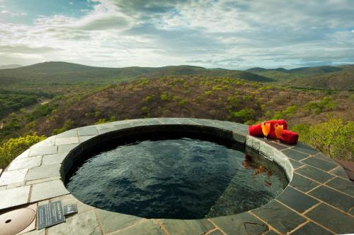 Leopard Mountain Safari Lodge Photo