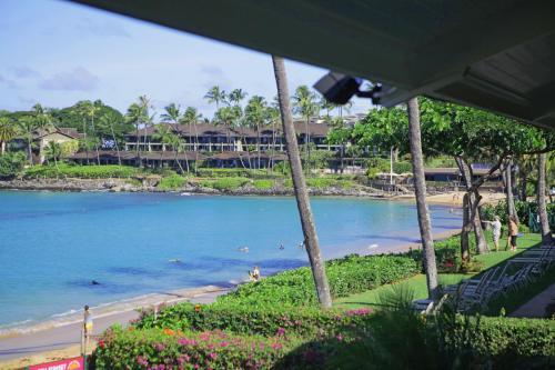 Napili Sunset Beach Front Resort Photo