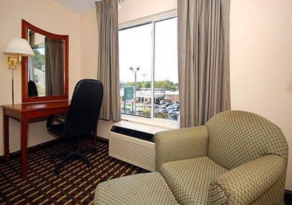 Quality Inn Homewood - Birmingham, AL 35209