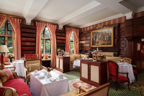 Milestone Hotel Kensington photo 79