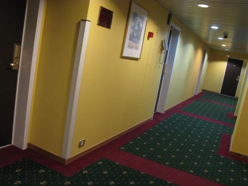 Bedford Hotel & Congress Centre photo 7