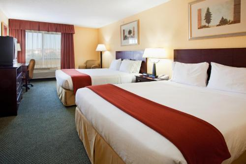 Holiday Inn Express & Suites Colorado Springs North Photo