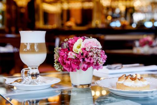 Danubius Hotel Astoria City Center photo 25